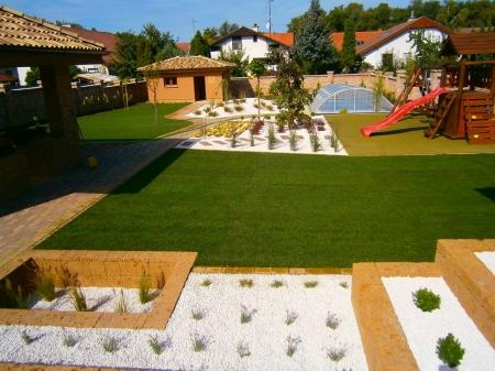 Rendezett kert - Szlovákia